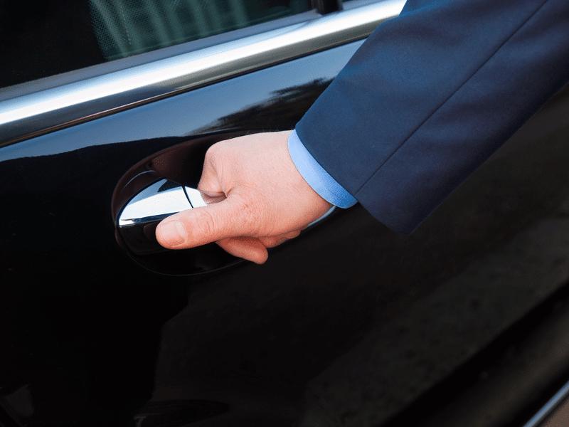 Manhattan Beach: Chauffeur/Assistant *Available Position*